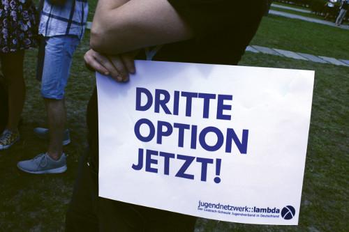 """Stellungnahme Der BVT* Zum  Entwurf Eines Gesetzes Zur Änderung Der In Das Geburtenregister Einzutragenden Angaben (sog. """"dritte Option"""")"""