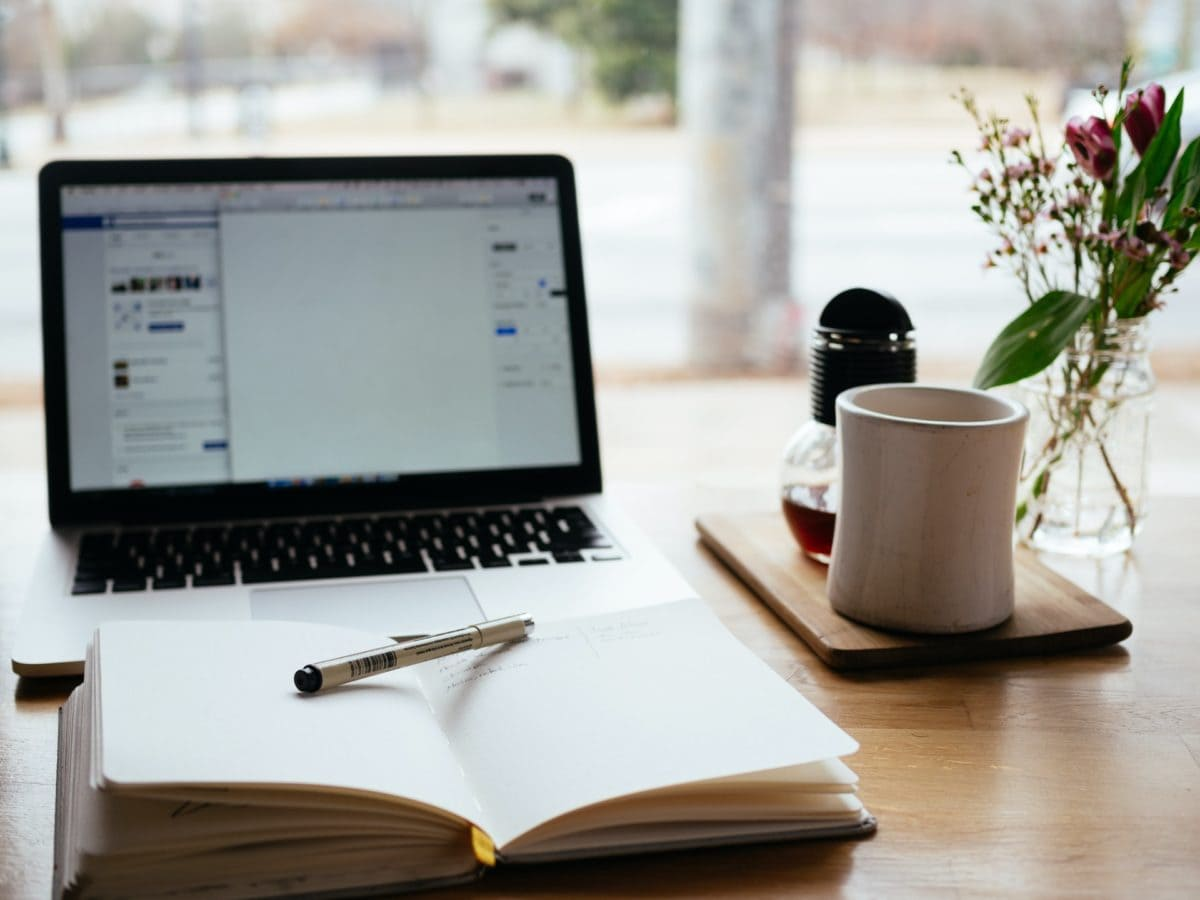 BVT* Sucht Aushilfe Für Buchhaltung/Finanzverwaltung